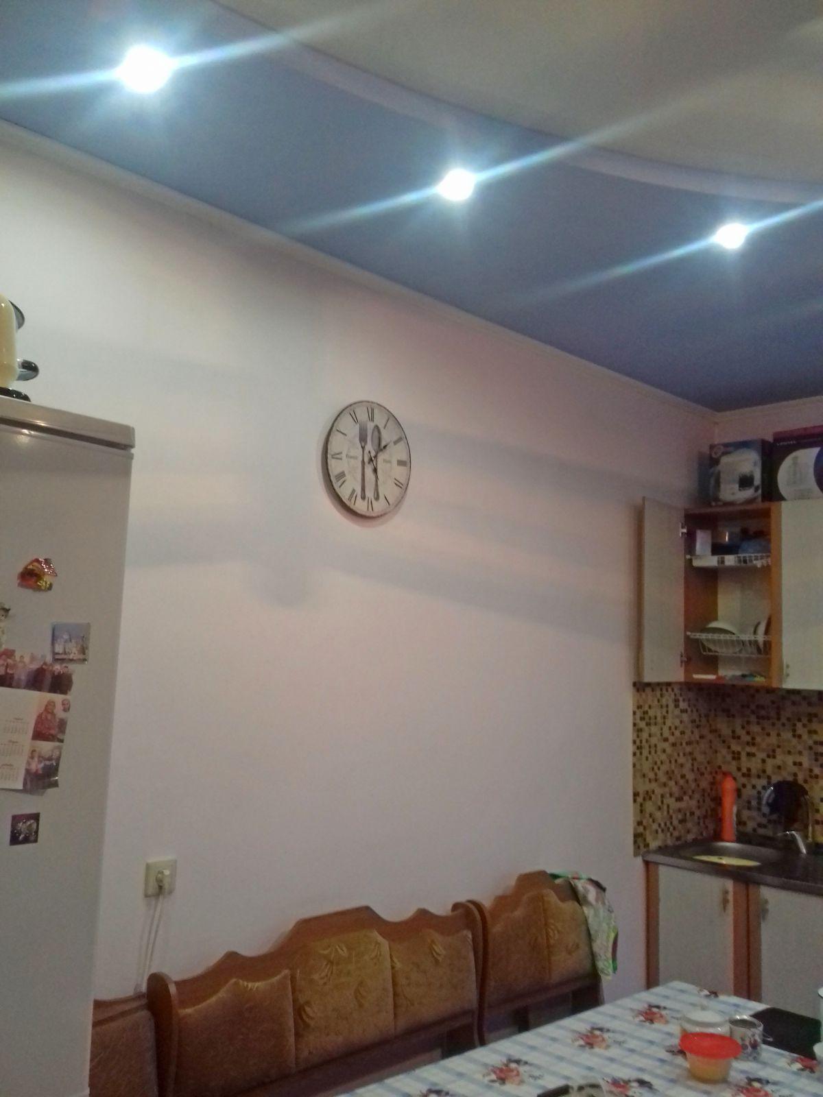 отдельно стоящий дом блочный-98 м2-74 м2 жилая,4 комнаты и кухня,с у совмещен,дизайнер ...