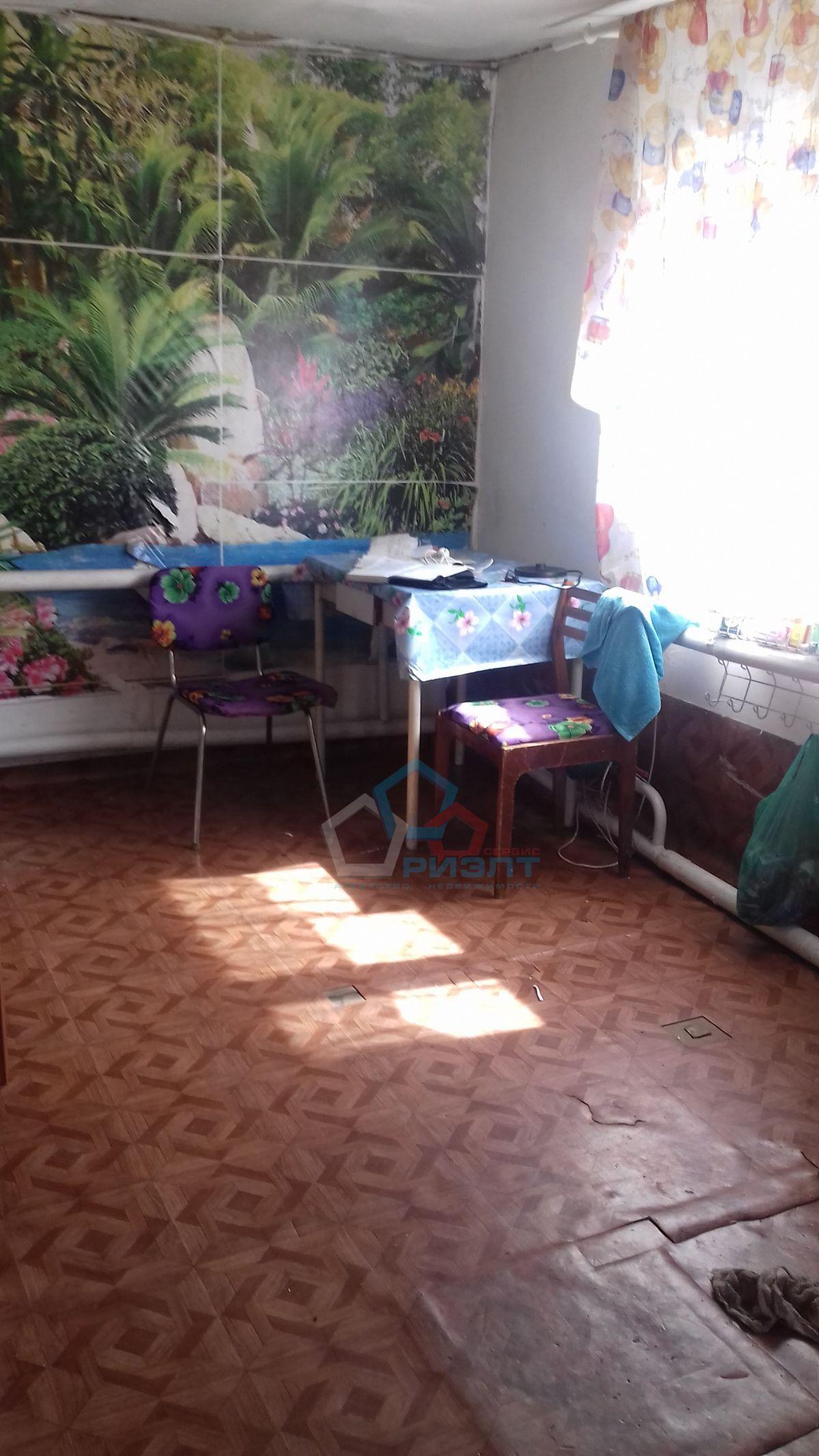 Часть Дома на продажу по адресу Россия, Омская область, Омск, Орджоникидзе ул