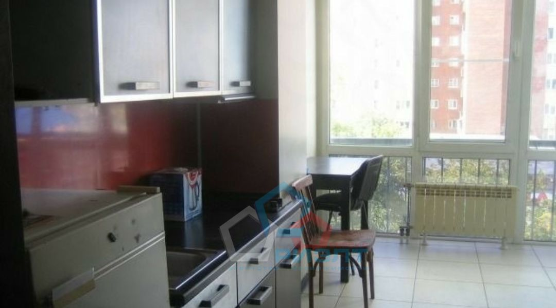 Квартира на продажу по адресу Россия, Омская область, Омск, 10 лет Октября ул, 145А