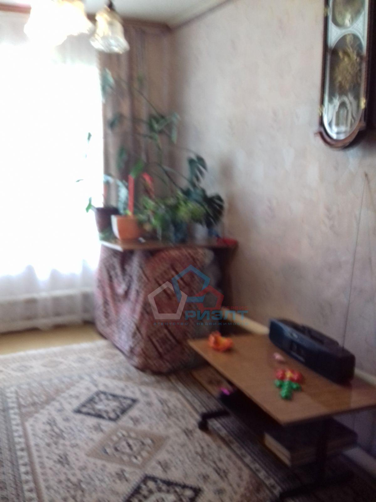 Часть Дома на продажу по адресу Россия, Омская область, Омск, Краснопахарский 2-й проезд